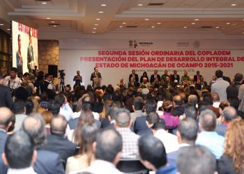 Presentan el Plan de Desarrollo Integral de Michoacán 2015-2021