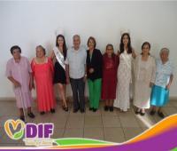 DIF Jacona celebra certamen de elección de rey y reina de Adulto Mayor
