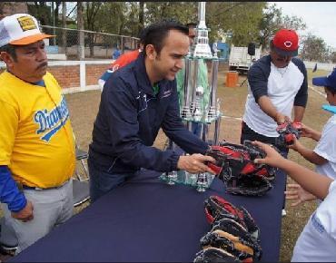 Inició la Temporada Regional de Beisbol 2015 en Zamora