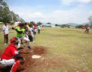 Rojos de Jacona se impone a Aguiluchos de Sahuayo