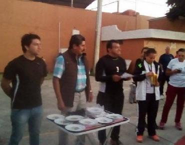 Premian a campeones de la Liga Municipal de Voleibol en Jacona