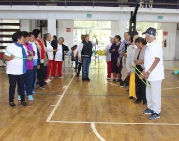Adultos Mayores participan en Olimpiada Municipal Zamora 2017