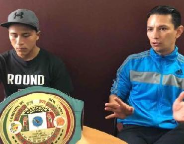 Joven boxeador visita Dirección de Juventud y Deporte en Zamora