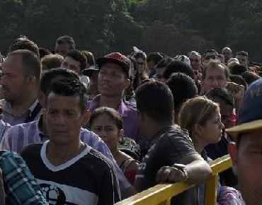 Aumenta la salida de venezolanos de su país