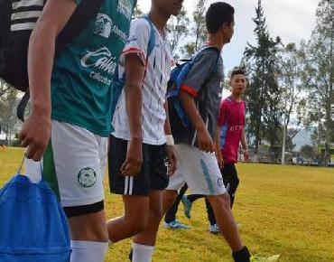 Jóvenes jaconenses podrían ingresar al Club de Futbol Monarcas