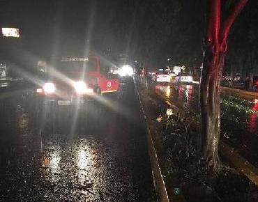 Atiende PC Estatal afectaciones por tormenta eléctrica en Morelia