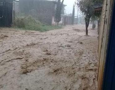 Fuerte tormenta en Oaxaca en el inicio de la temporada pluvial
