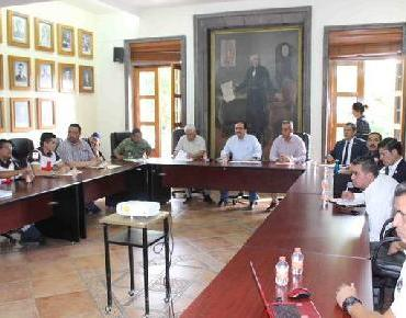 Alcalde refrenda compromiso de prevenir contingencias en temporada de lluvias
