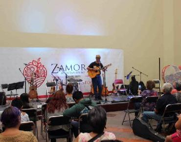 Alumnos ofrecen recital de guitarra en Zamora