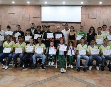 Clasifican Jóvenes Zamoranos a Nacional de Juegos Populares