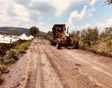 En Zamora mejoran caminos y accesos de La Sauceda