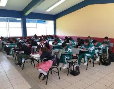 Mejora Michoacán posición nacional en aprovechamiento escolar