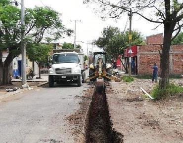Red de agua potable en El Sacrificio avanza construcción superior al  50%