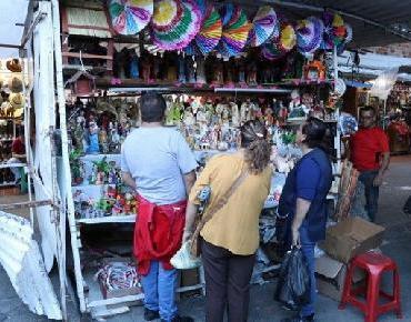 Comienza la instalación de tianguis y ferias navideñas en Guadalajara