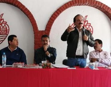 Alcalde Martín Samaguey pide al Gobernador convoque a ediles de la región