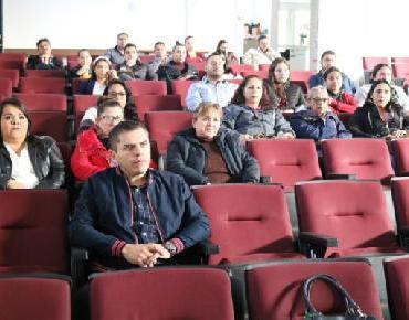 Capacitan a personal del área médica del DIF Zamora