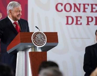 López Obrador propone modificar días feriados