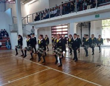 Exhibición de escoltas de la zona escolar 072 en Zamora