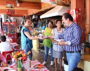 Alcalde Martín Samaguey y Diputada Tere Mora dan recomendaciones por COVID-19 a comerciantes