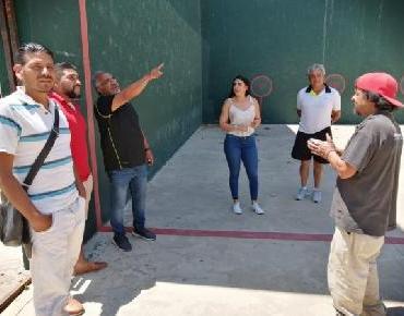 Mejora Gobierno Municipal canchas de Frontón del Chamizal