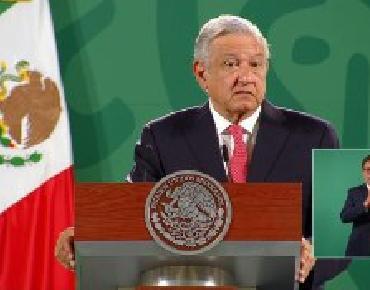 El INE puede pagar consulta a ex presidentes con sus recursos: López  Obrador