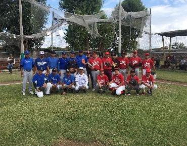 Intenso arranque del Torneo de Lluvias de beisbol en Zamora