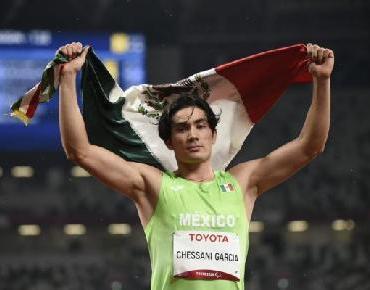 Medalla de Oro para México en 400m planos en Tokio 2020