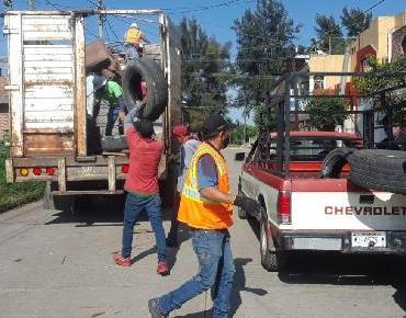 Retiran de las colonias 17 toneladas de cacharros generadores de criaderos del mosco del dengue, chicungunya y zika