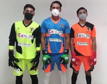 Soberano Zamora presenta sus nuevos uniformes