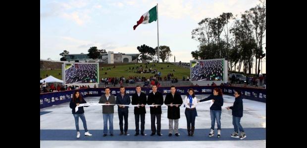 """En Puebla inauguran pista de hielo """"La Victoria 2014"""""""