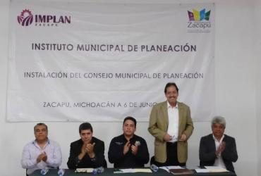 Toman protesta al nuevo Consejo Directivo del Instituto Municipal de Planeación en Zacapu