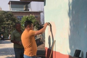 Entregan apoyos a la Escuela Margarita Maza de Juárez