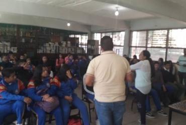 Desarrollo Social lleva la Ruta de la Juventud a la secundaria 2 de Chaparaco