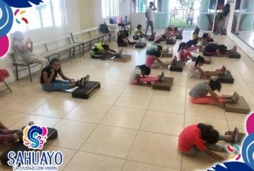En Sahuayo se traslada a la Unidad deportiva Academia de porristas